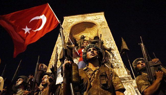 LUPIGINA NOVINARKA U ISTANBULU: Daleko od Taksima život je tekao sasvim mirno, uz sablasne zvukove aviona