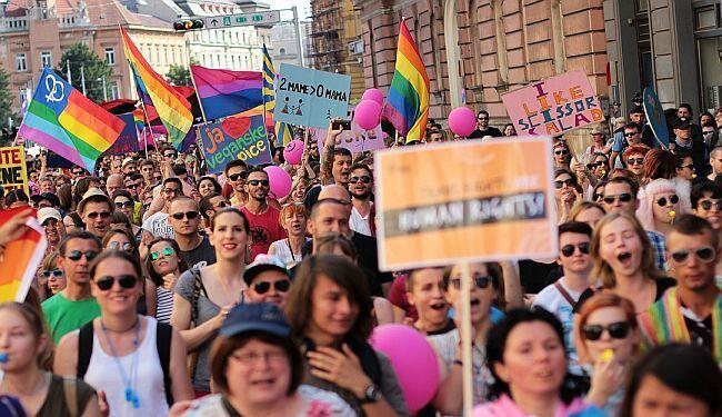 """PROGLAS O LGBT PRAVIMA: """"Dobro razmislite koga ćete na izborima podržati svojim glasom"""""""