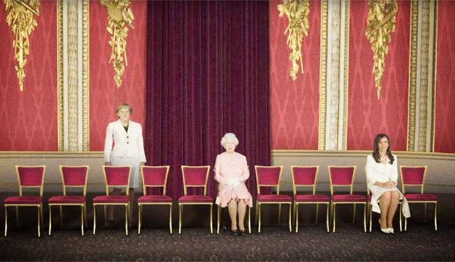 FOTOŠOPOM ZA PRAVA ŽENA: Što ostane kada uklonite sve političare s fotografije?