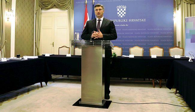 """SVE O KRIZI VLADE: Plenković uvjeren u preslagivanje, desno krilo HDZ-a """"pokazalo zube"""""""