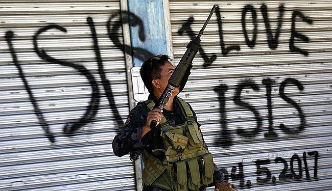KRAJ KALIFATA U POKUŠAJU: Raspada li se Islamska Država i što to znači za Bliski istok i Europu?