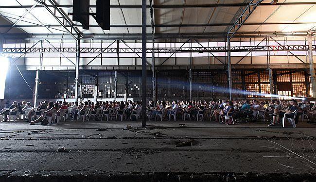 SKRIVENA PROJEKCIJA (FOTO): Kako se život nakratko vratio u Gredelj
