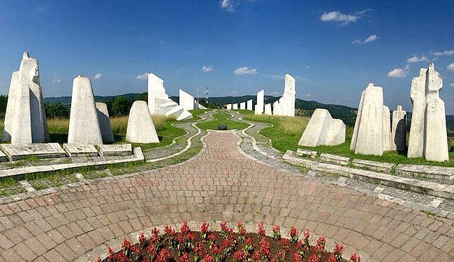 PUTEVIMA REVOLUCIJE: Skriveni spomenik Maršalu Titu u Užicu i druge zaboravljene priče
