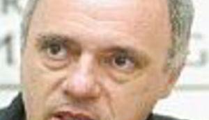 """Puhovski: """"Rat je počeo zbog simbola"""""""