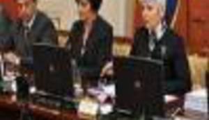 Jadranka Kosor upravo pokušava smijeniti ministre!