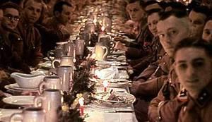BANALNOST ZLA: Rijetke fotografije božićne proslave Adolfa Hitlera na kojoj su svi uvjereni da je Isus plavooki bijelac