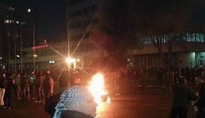 ČUJU SE KRICI, JAUCI I DETONACIJE: Policija krenula u konačni obračun s tuzlanskom revolucijom