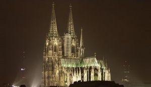 OTKAZAN ANTI-ISLAMSKI PROTEST: Katedrala u Kölnu ugasila svoja svjetla zbog neonacista