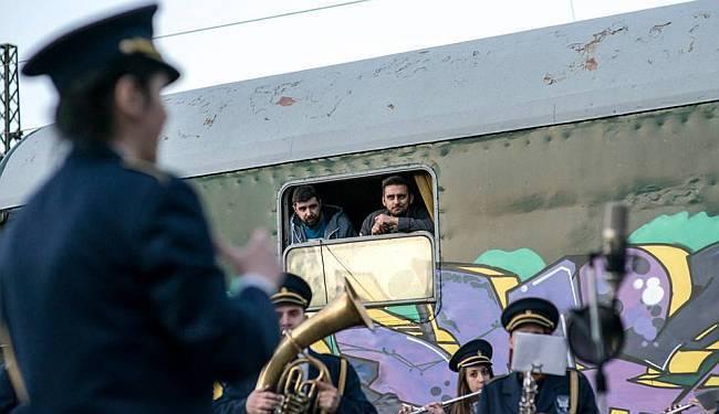 "NA TRAČNICAMA: Frenkie, Edo Maajka, Soul, Kontra i Billain s dokumentarcem ""Soul train"" na Sarajevo Film Festivalu"