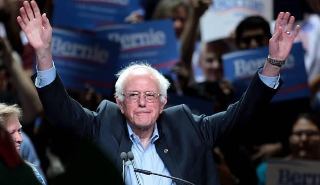 VANJSKA POLITIKA SAD-A NA RASKRŠĆU: Kako je ismijavani Bernie Sanders iznenadio SAD i ponizio Hillary Clinton