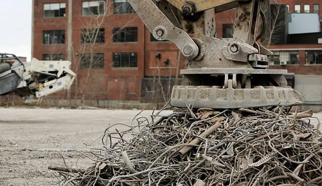 PRIČA O DIVU KONČARU (II): Strojevi rasprodani u staro željezo, radnici poslani na burzu