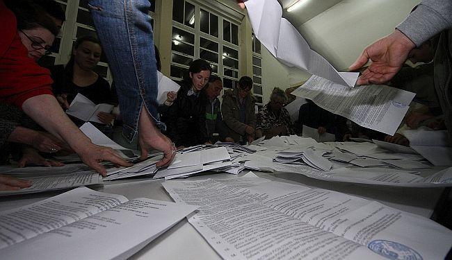 MILOŠEVIĆEVA POLITIKA BEZ RATA: Analiza izbora u Srbiji – ima ko da se raduje