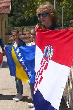 ŠKOLSKI PRIMJER OTPORA: Srednjoškolci Jajca uspjeli spriječiti da iz razdvoje po nacionalnosti