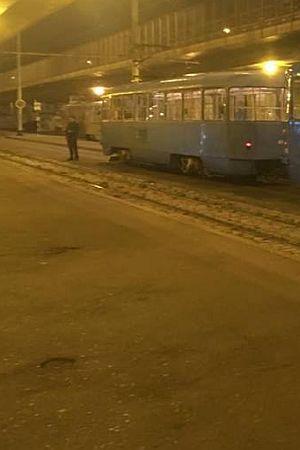 """ZAGREB VEČERAS: Salutirao i vikao """"Sieg Heil"""" u tramvaju pa putnike napao suzavcem"""