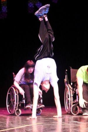 KAKVI CAREVI: Svaki im je pokret iznimno težak, a osvojili su natjecanje - u plesu!