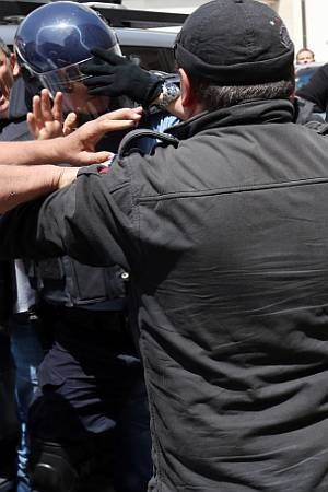BRANITELJSKE IGRE U DESET SLIKA: Kako izgleda zagrebački metež puzajućeg državnog udara