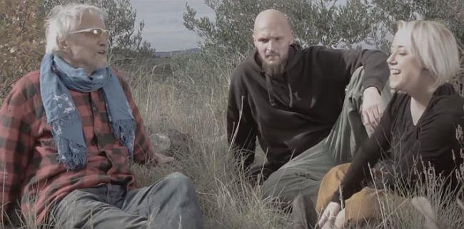 (VIDEO) I ETO TI PJESME: Darko Rundek zarepao sa Sassjom