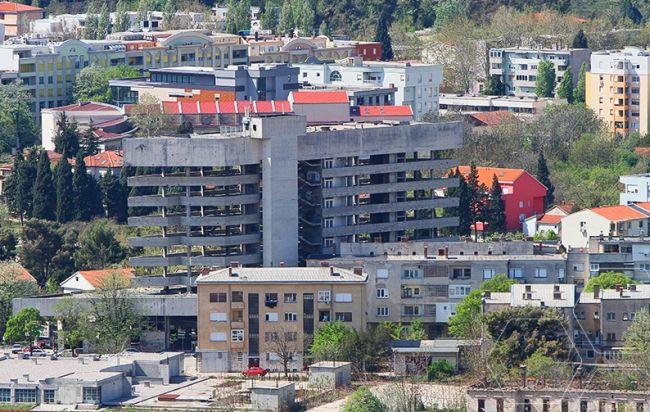 Staklena banka Mostar