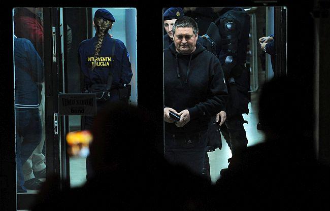 Interventna policija u splitskom HNK