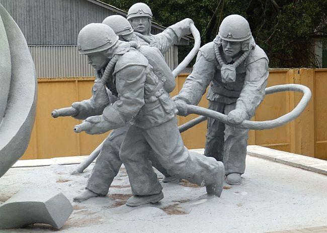 Spomenik Černobil