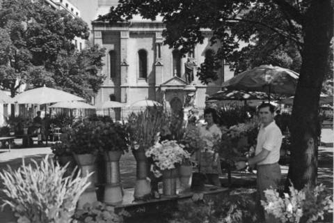 Ovako je Cvjetni izgledao 60-ih, a cvjećari se mogu vidjeti i na fotografijama Toše Dabca iz 30-ih godina