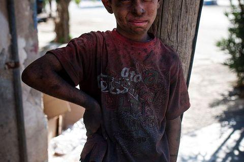 Dječak mehaničar na ulicama Tal Abyada