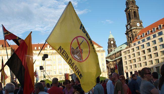 LUPIGA NA PROSVJEDU PEGIDE: Kako izgleda mržnja u Dresdenu