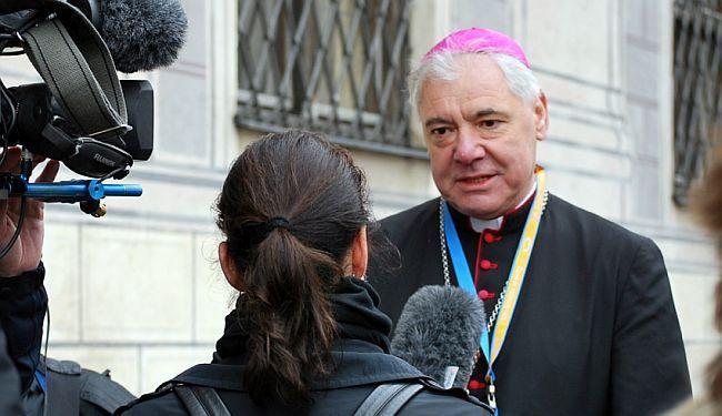 GLAS ZA STEPINCA: Moćni kardinal optuživan za zataškavanje pedofilije dolazi u Hrvatsku