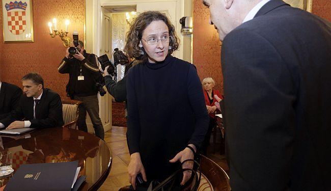 "PROTESTNO PISMO MINISTRICI KULTURE: ""Nastavili ste provoditi politiku Zlatka Hasanbegovića"""