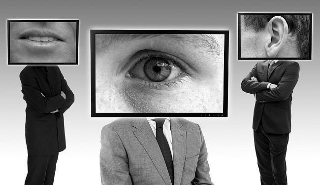 """VLADARI INTERNETA ZNAJU SVE O VAMA: Kako misteriozne """"big data"""" kompanije kroje svjetsku politiku?"""