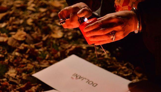 U SJENI KOMEMORACIJE ZA SLOBODANA PRALJKA: Zapaljene svijeće žrtvama zločina