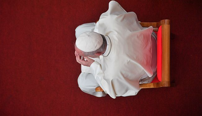 PODRIVANJE VLASTITOG AUTORITETA: Što je papa Franjo radio u Čileu?