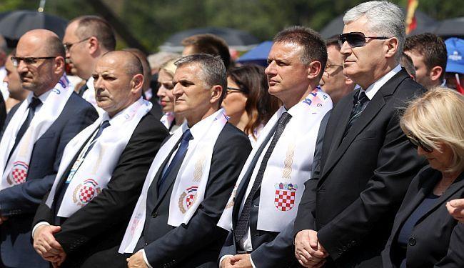 GLAS RAZUMA: Profesorica objasnila zašto Sveučilište nije trebalo dodijeliti počasni doktorat Draganu Čoviću