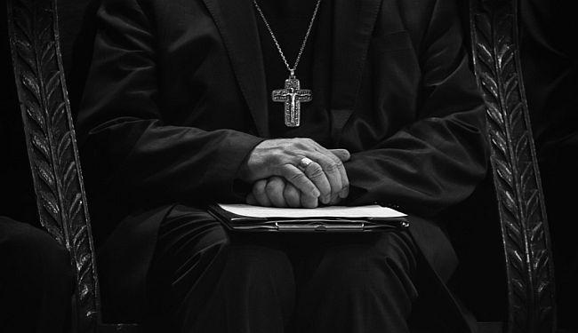 CZESŁAV MIŁOSZ: Vjerska država?