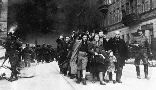 JAN BŁONSKI: Bijedni Poljaci gledaju na geto