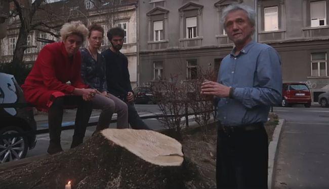 """POSJEČENI """"SLAVOLUK"""": Darko Rundek u spomen jednom stablu kojeg više nema"""