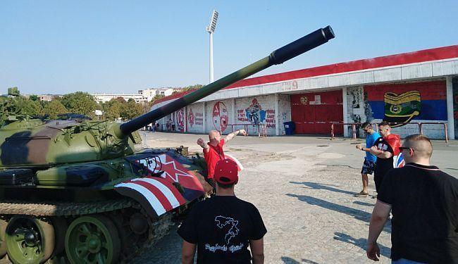 """""""DA LI SI SRBIN?"""": Kako su me napali pred tenkom na beogradskoj Marakani"""