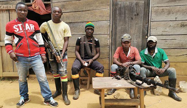 REPORTAŽA IZ SRCA AFRIKE: Krv na ekvatoru