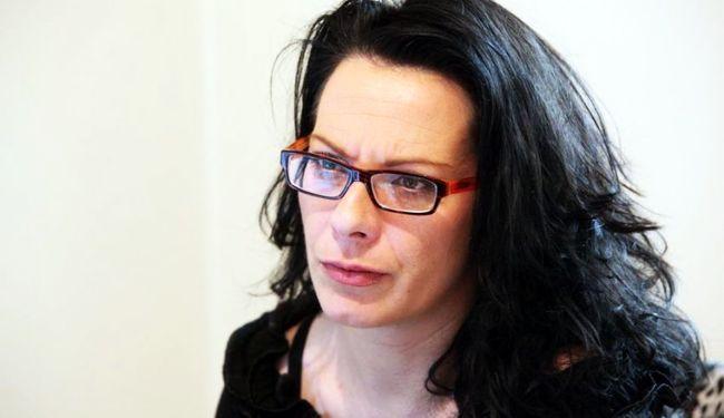 CENZURA = DIKTATURA: Policija privela novinarku jer je pisala o lošem stanju opreme u novosadskoj bolnici