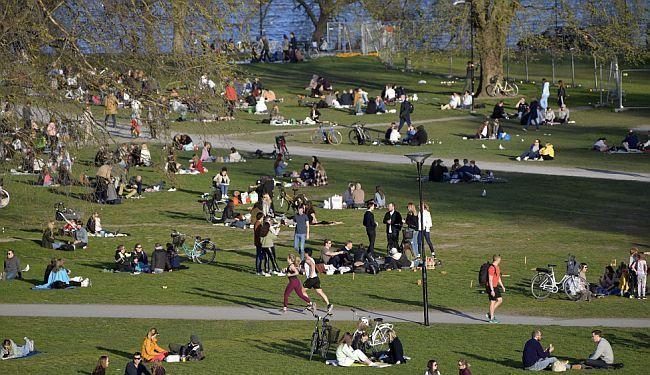 BORBA PROTIV KORONAVIRUSA: Pokazuje li konačno švedski pristup bolje rezultate?