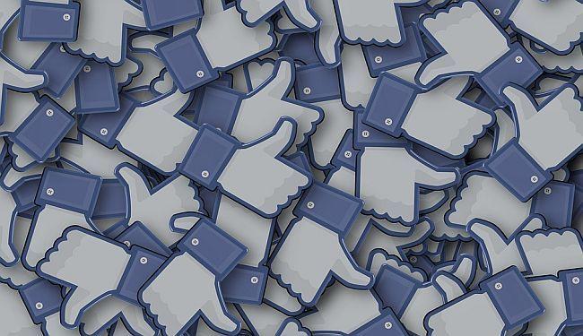 DOBITNIC(I)E NAGRADE ODGOVARAJU: Što su prednosti, a što mane književnosti objavljenoj na Facebooku