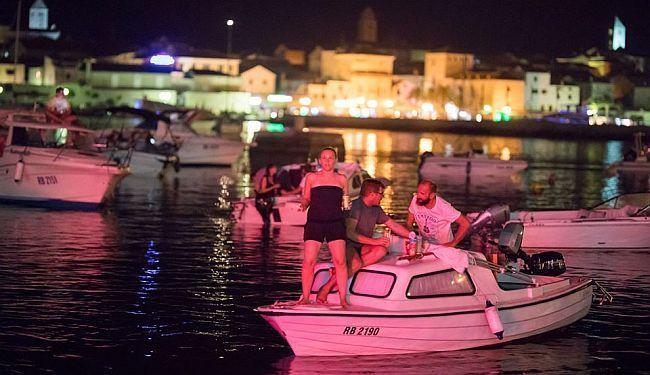 NAJAVLJENO UKRCAVANJE - RAFF 2020: U iščekivanju morskog kina i gledanja filmova s pučine