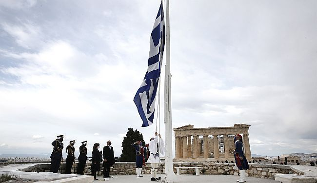 ŠTO NAUČITI OD GRČKE: Vlada se nada da plaže neće ostati puste, ali brojke govore suprotno