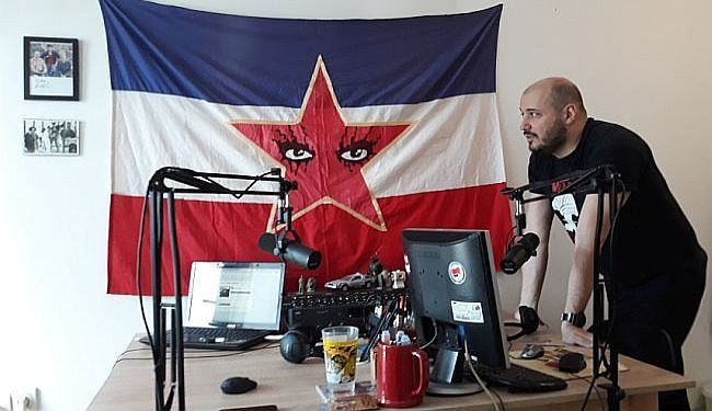 NAKON NAPADA ŠIPKOM NA DAŠKA MILINOVIĆA: Strah i paranoja novinara u Srbiji
