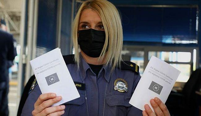 STRAH OD ANTIVAKSERA: Vlada se boji šire primijeniti COVID-potvrde