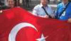 MULTIETNIČKA BIH: Ako ti smeta turska zastava marš iz Bosne i Hercegovine