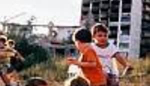 U JEDNOJ REČENICI: Djetinjstvo u opkoljenom gradu