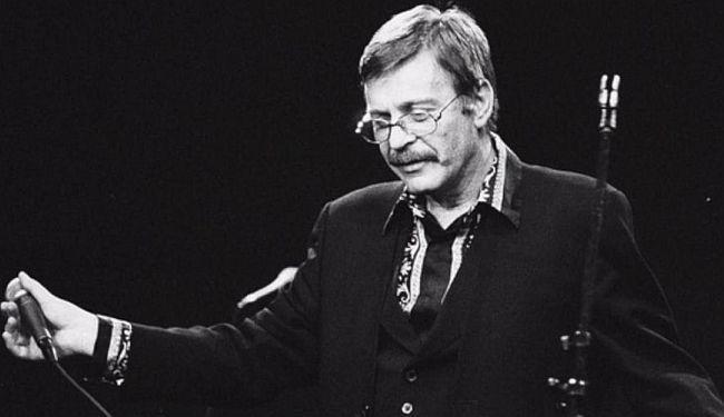 DAVORIN POPOVIĆ PIMPEK (23.9.1946.-18.6.2001.): Slušaj, da ti Pjevač nešto kaže...