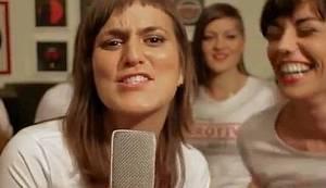 LJUBAV ZA SVE: Pjesmom protiv referenduma