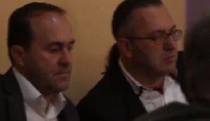 TUZLA OPET KUHA (VIDEO): Radnici 'zarobili' šokirane ministre dok su pili toplu čokoladu, izvukla ih policija